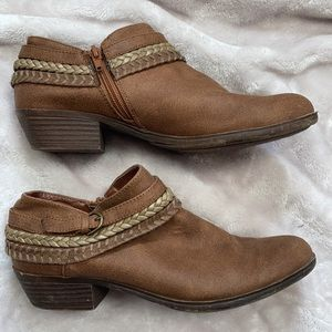 Sugar Thea Braided Ankle Booties